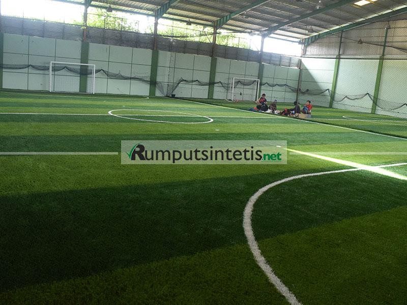 rumput sintetis futsal kualitas terbaik