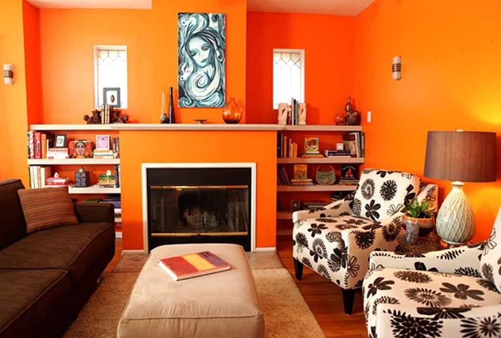 Ruang tamu orange muda ide warna cat